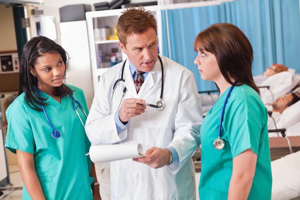 how can a nurse create a high functioning team