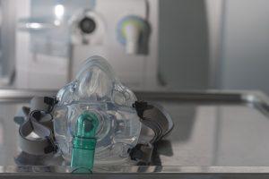 Non-invasive-ventilation-face-mask-medical-ventilator-ICU